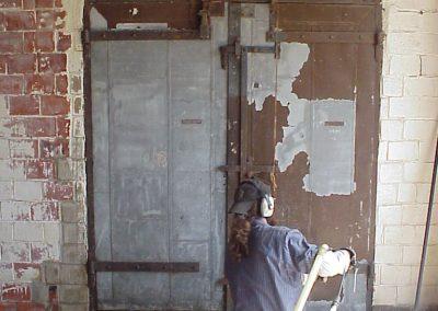 wayne blasts door